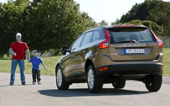 Volvo presented a new model that improves active safety picture #4
