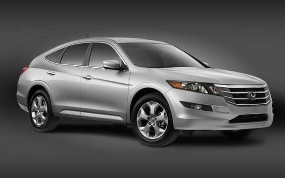 2010 Honda Accord Crosstour: a style of its own picture #2