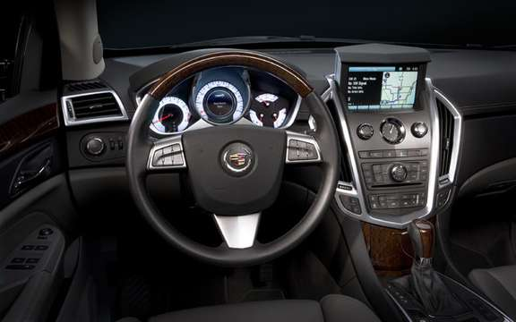 Cadillac SRX 2010, offered a starting price of $ 41,575 picture #4