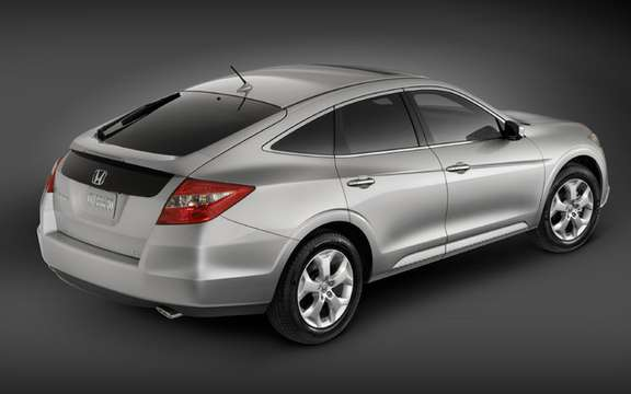 2010 Honda Accord Crosstour: a style of its own picture #3