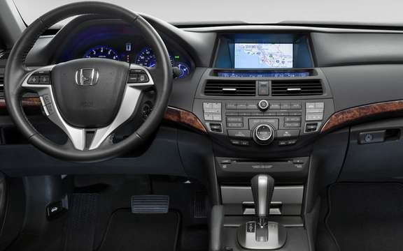 The interior of the 2010 Honda Accord Crosstour: that innovation picture #3