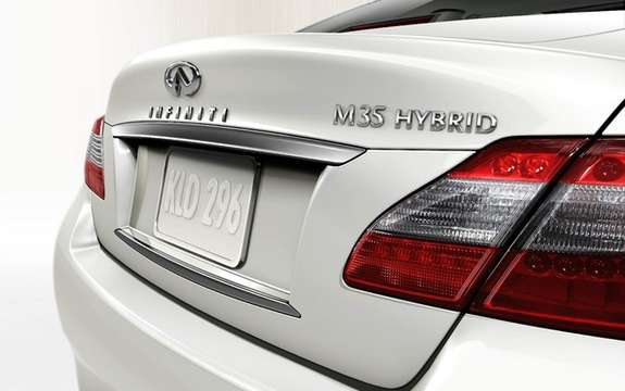 Infiniti M35 Hybrid: First Hybrid model of the brand picture #3