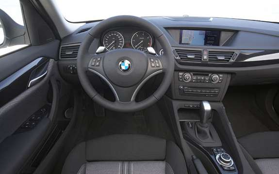 BMW X1 2010: Premiere photo gallery authorized picture #19
