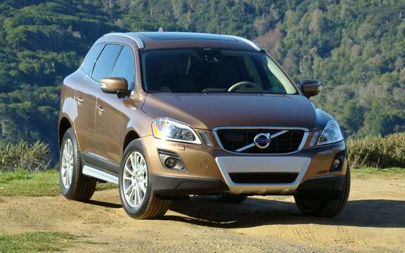 R-Design option and new engine for the Volvo XC60