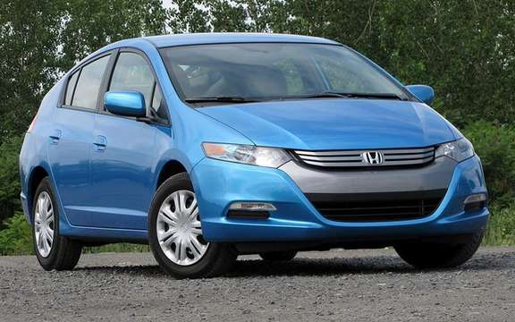 2010 Honda Insight, a starting price ad $ 23,900