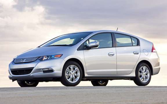 2010 Honda Insight, a starting price ad $ 23,900 picture #3