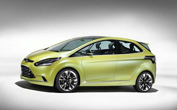 Ford Iosis Max Concept, never two without three picture #3