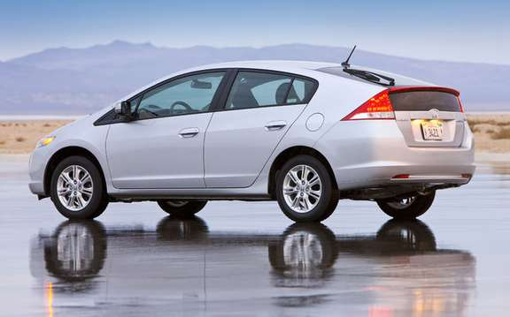 2010 Honda Insight, a starting price ad $ 23,900 picture #7