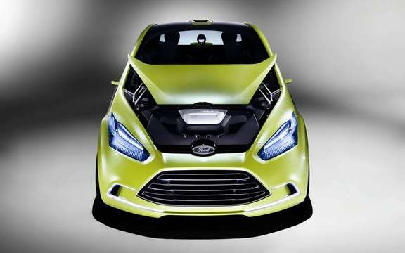Ford Iosis Max Concept, never two without three picture #9