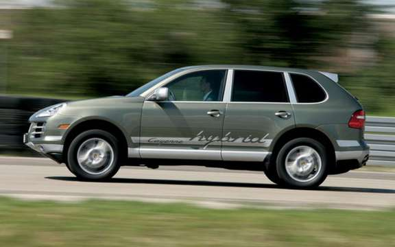 Porsche Cayenne S Hybrid, economic and mostly clean picture #3