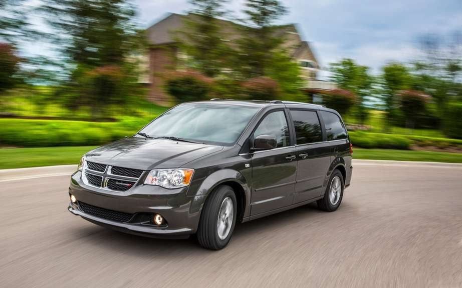 Chrysler minivans has launched its 30th anniversary edition picture #6