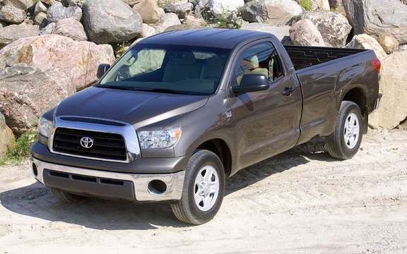 Toyota Tundra, two new models have Edition i-FORCE
