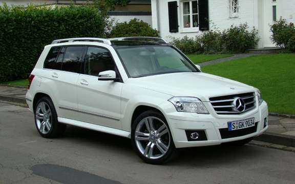 Mercedes-Benz GLK350 4MATIC 2010, the price unveiled