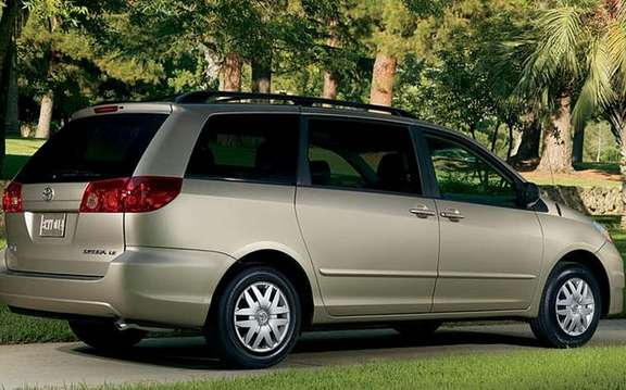 2009 Toyota Sienna, more value, and quality, a more affordable picture #2
