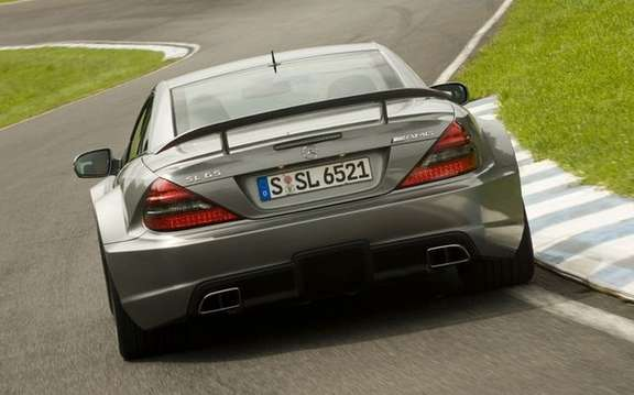 Mercedes-Benz SL65 AMG Black Series, unveiled in Paris picture #2