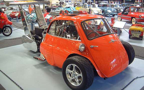 Return of the BMW Isetta, which suddenly smoking! picture #9