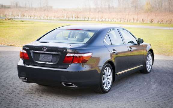 Lexus LS 460 2009 will be proposed with integral traction picture #2