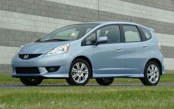 New 2009 Honda Fit at the same price in 2008! picture #2