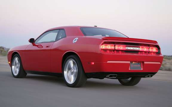2009 Dodge Challenger value content and bosses for a more attractive MSRP picture #2