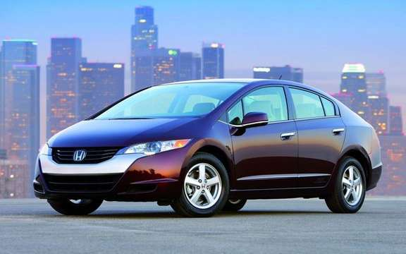 Honda Launches the hydrogen car, Toyota is exceeded by demand picture #2
