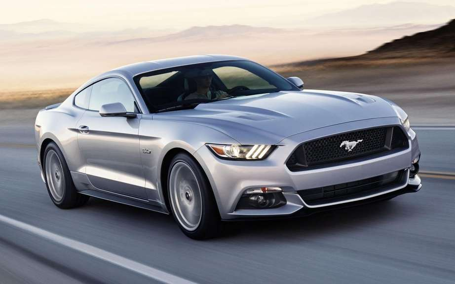Ford Mustang 2015 put on auction picture #2