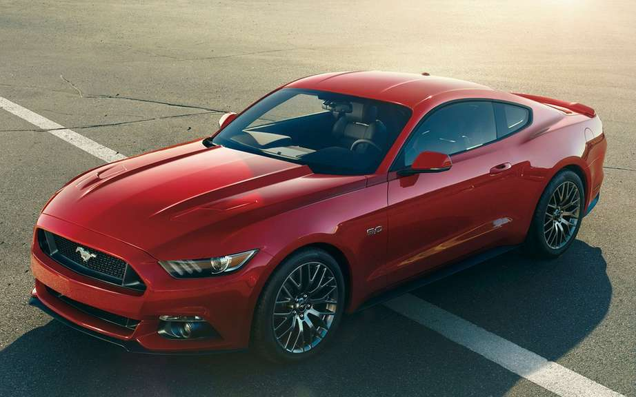 Ford Mustang 2015 put on auction picture #4