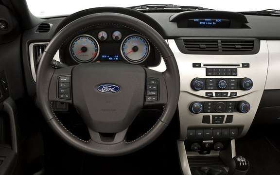 Ford unveiled its 2009 model Focus section picture #6