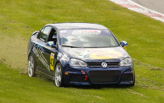 International debut for Jetta TDI Cup picture #4