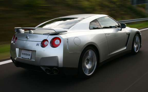Nissan dealers Canada unveiled the GT-R 2009 picture #3
