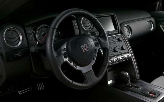 Nissan dealers Canada unveiled the GT-R 2009 picture #6