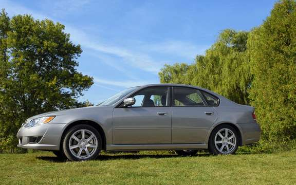 Subaru announces pricing for 2009 Legacy and Outback PZEV picture #2