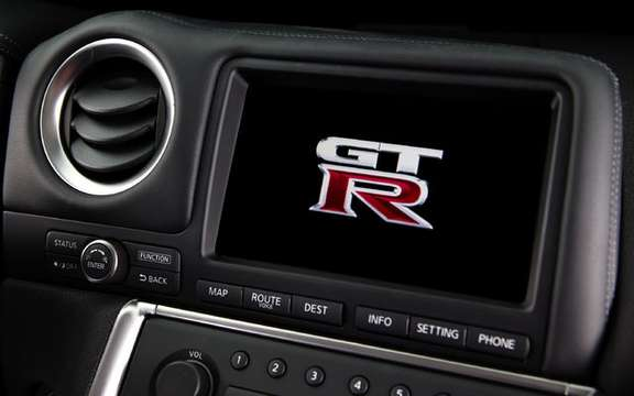Nissan dealers Canada unveiled the GT-R 2009 picture #7
