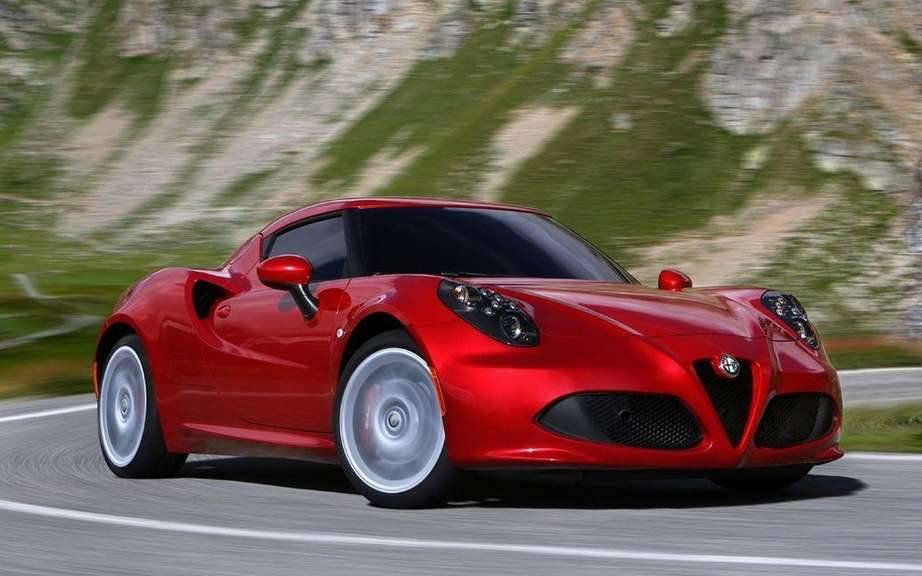 First European deliveries of the Alfa Romeo 4C picture #5