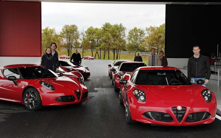 First European deliveries of the Alfa Romeo 4C picture #7