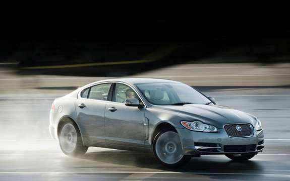 Jaguar presents the XF 2009!