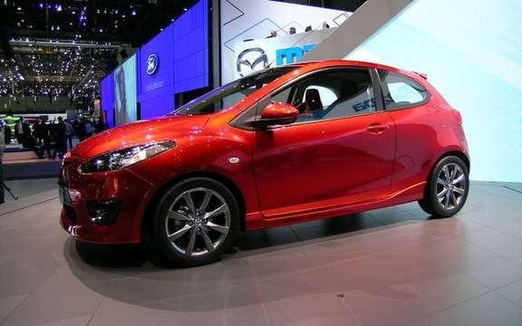 The Mazda 2 elue World Car of the Year 2008 picture #3