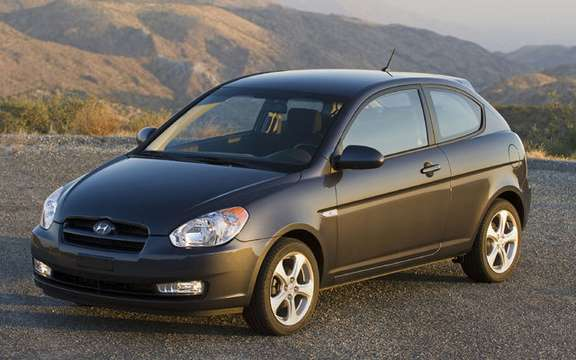 Hyundai Accent $ 9995, a national award picture #2