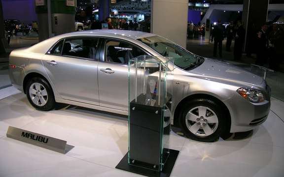 Chevrolet Malibu elue North American Car of the Year 2008 picture #2