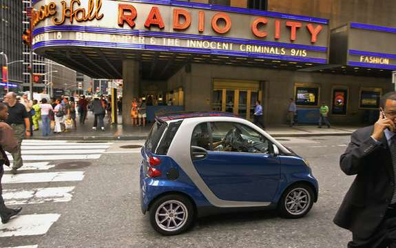 Smart Fortwo wins ecoENERGY as two-seater vehicle picture #3
