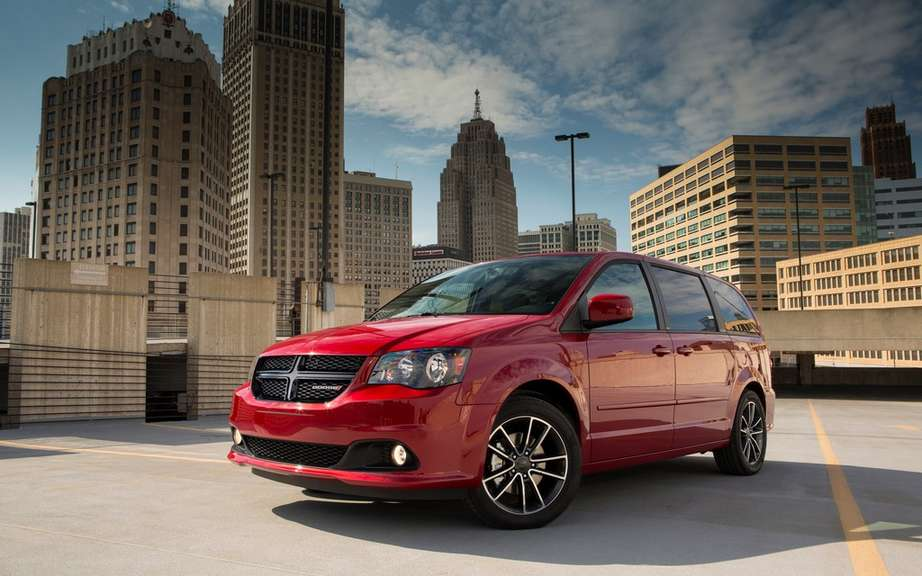 Five Chrysler products honores by Consumer Reports picture #12