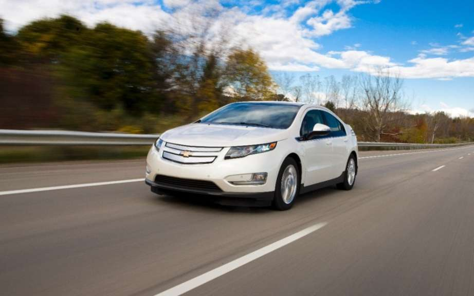 GM will offer an electric compact car picture #3