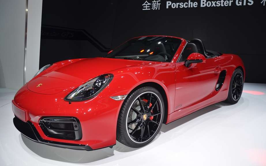 The Boxster and Cayman GTS Unveiled picture #10