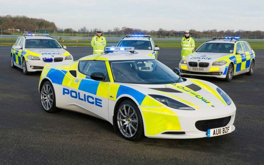 Lotus Evora S for the British police picture #3