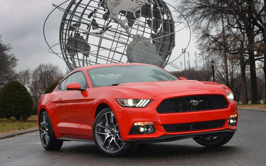 Ford adds a smoke screen function has the 2015 Mustang picture #2