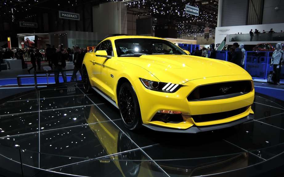 Ford adds a smoke screen function has the 2015 Mustang picture #4