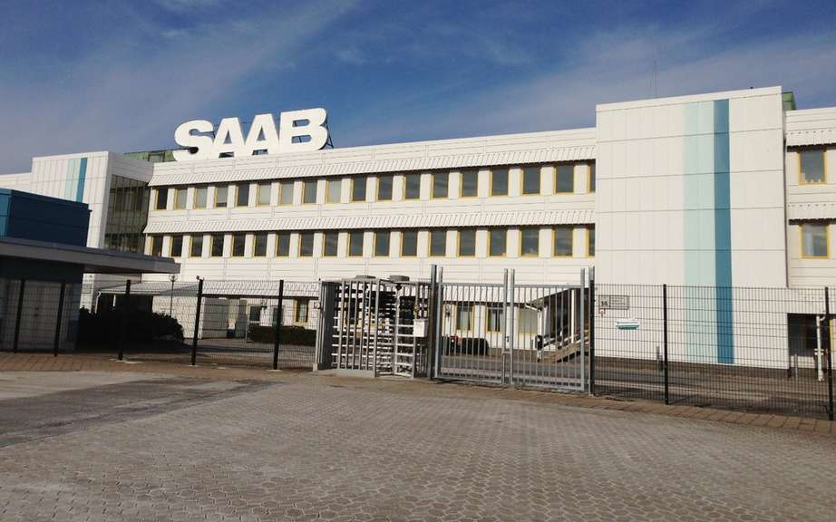 Saab resumes production