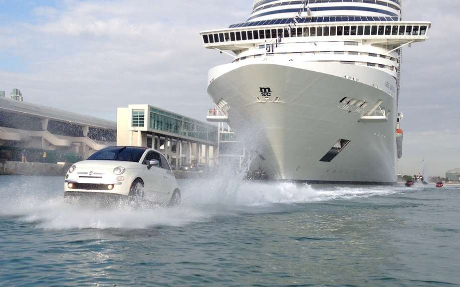 Fiat 500 amphibious escorting the liner MSC Divina picture #5