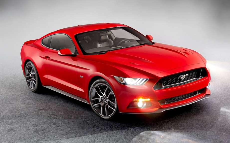 The new 2015 Ford Mustang is unveiled picture #18