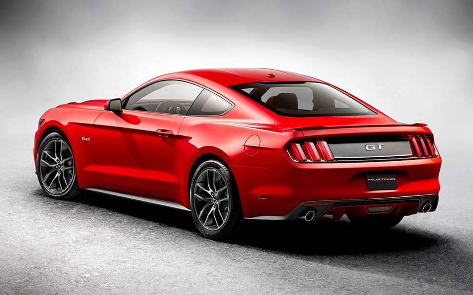 The new 2015 Ford Mustang is unveiled picture #19