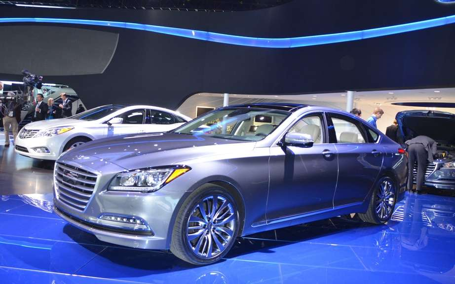 Hyundai Genesis 2015 unveiled in South Korea
